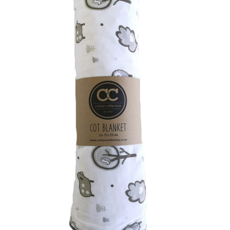 LITTLE SHEEP DESIGN BABY COT BLANKET (2)